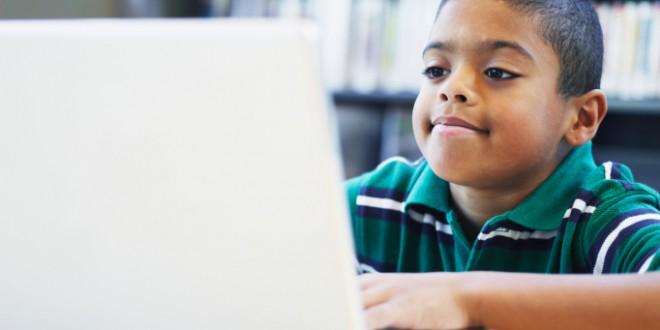 İnternet Kullanan Çocuklar Daha Başarılı